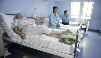 Romániában sok a kórházi ágy de kevés az orvos, és kevés pénzt fordítanak egészségügyre