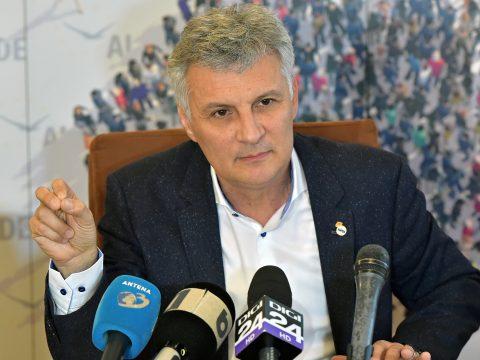 Az ALDE szenátusi frakcióvezetőjét sokkolta a Pro Romániával kötött szövetség