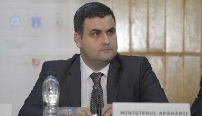 A védelmi miniszter szerint idegen entitások veszélyeztetik Romániát
