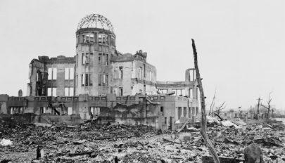 74 éve dobták le az első atombombát