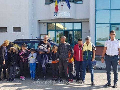 Tíz algériai és palesztinai bevándorlót füleltek le a határrendőrök Arad megyében