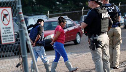 Több száz illegális bevándorlót tartóztattak le az Egyesült Államokban