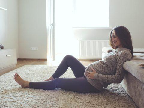 Nem jelent nagyobb kockázatot az otthonszülés a kutatók szerint
