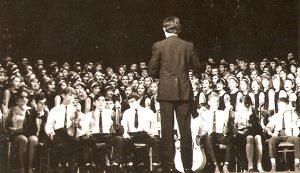 1969. október 25-én, a kollégium létrejöttének 110. évfordulóján Dancs Árpád karnagy vezetésével első alkalommal csendült fel a himnusz