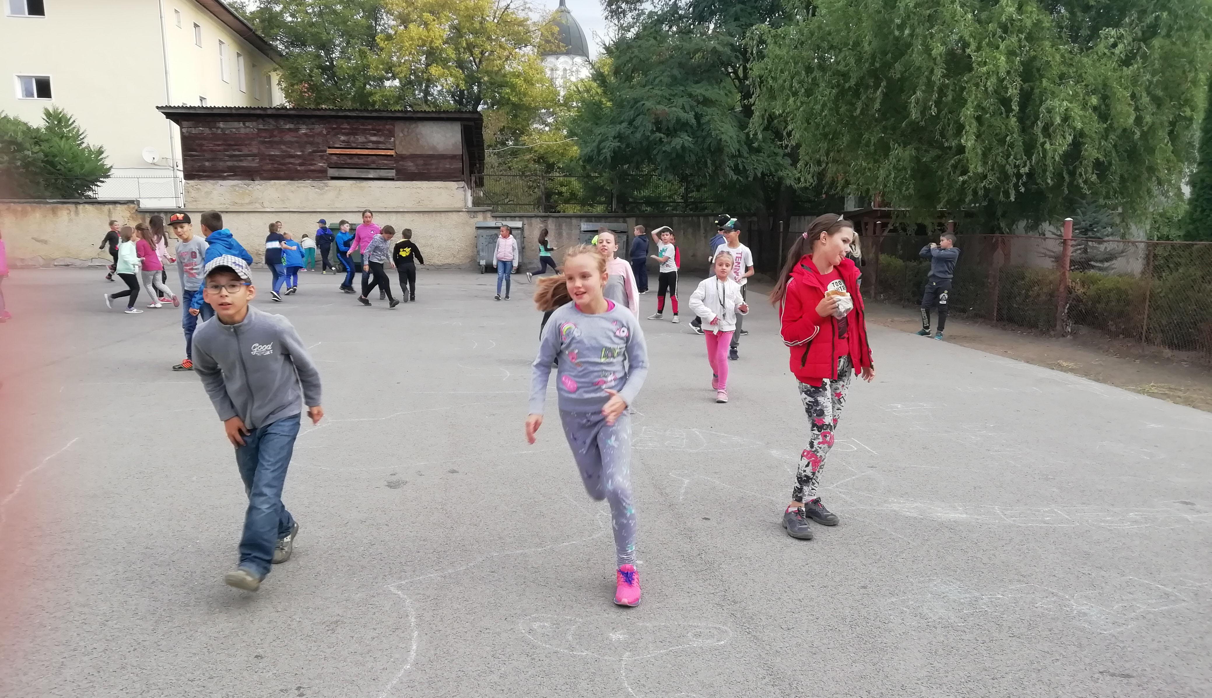 Menj gyalog iskolába!