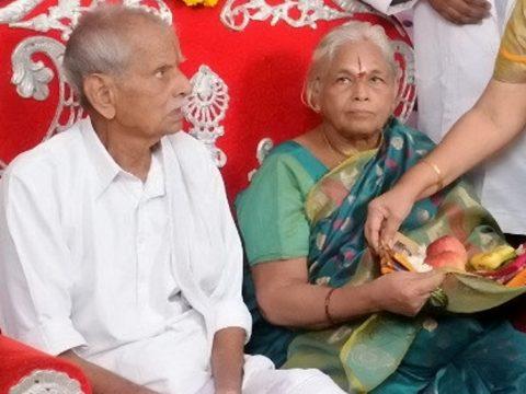 Ikrei születtek egy 73 éves indiai nőnek