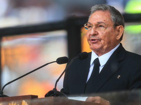 Raúl Castro és családja nem léphet be az USA-ba