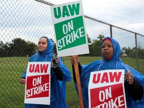 Sztrájkolnak a General Motoros dolgozói