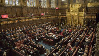 Brexit: jóváhagyta a brit parlament felsőháza a megállapodás nélküli kilépést tiltó törvényt