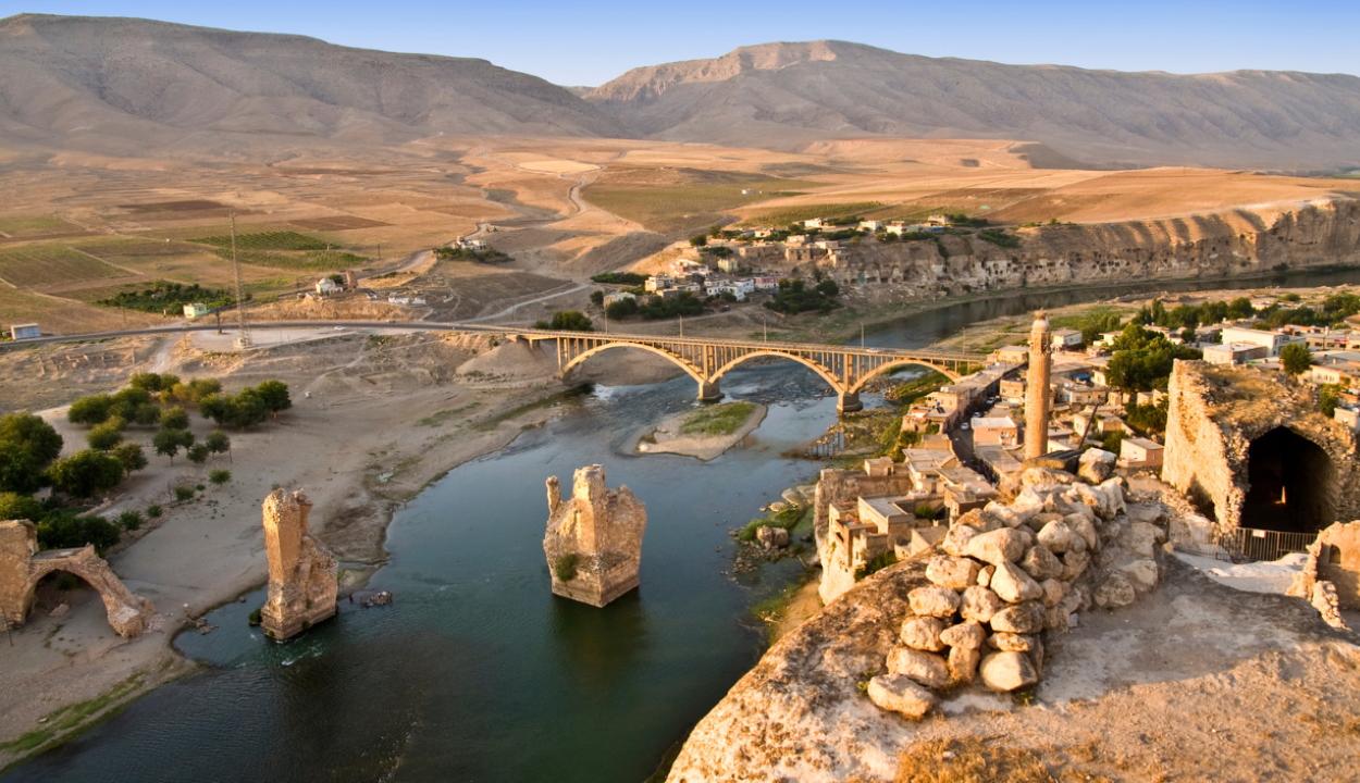 Elárasztja Törökország a 12 ezer éves városát egy villamos erőmű miatt