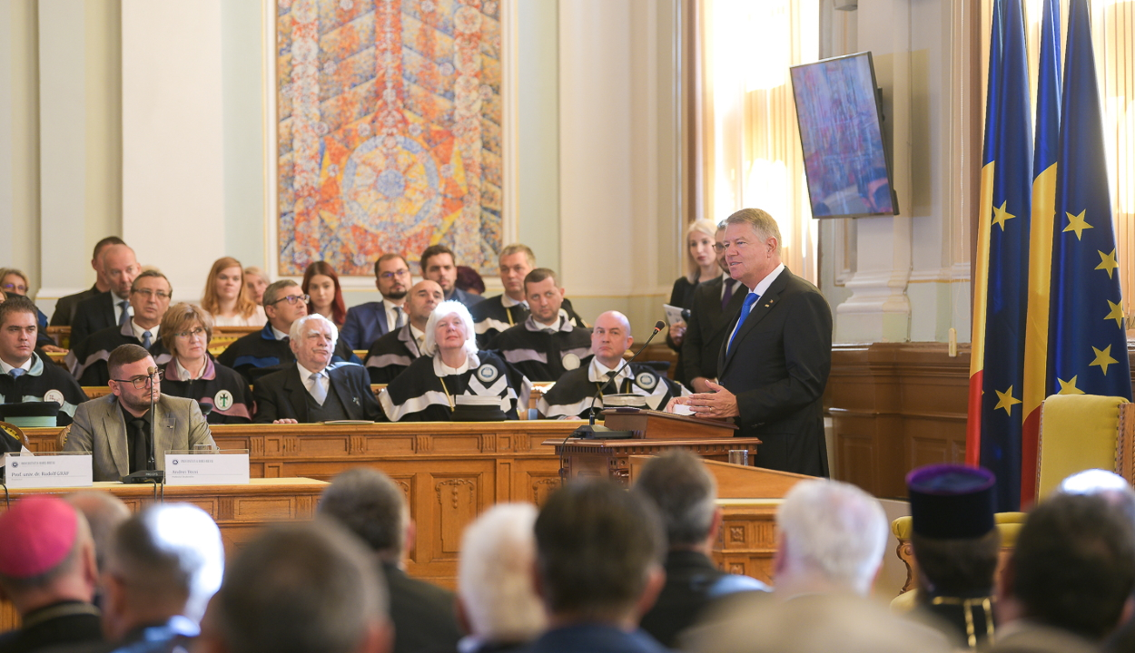 Klaus Johannis államfővel ünnepelték Kolozsváron a román nyelvű egyetemi oktatás centenáriumát