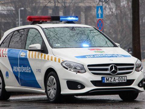 Forgalommal szemben hajtott egy román nő az M0-son