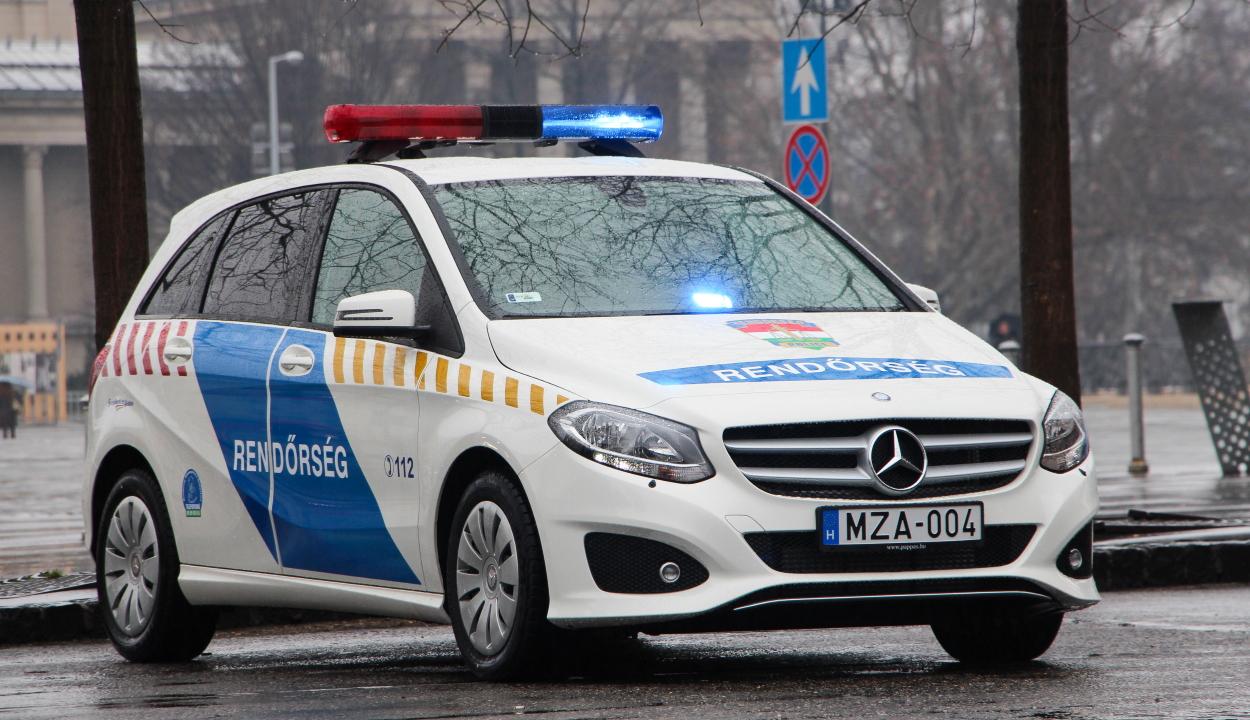 Továbbengedték a román sofőrt a magyar rendőrök, miután azt mondta nekik, hogy Milánóból jön