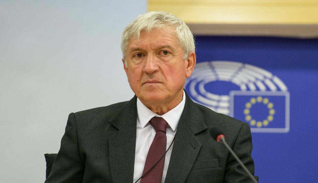 Hivatalosan is Mircea Diaconut támogatja a Pro Románia és az ALDE
