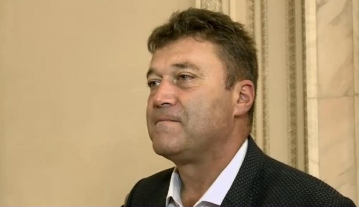 Továbbra sem veszti el mandátumát a jogerősen elítélt Kovászna megyei képviselő