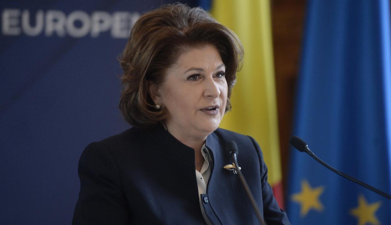 Új jelöltet javasolnak az Európai Bizottságba Rovana Plumb helyett