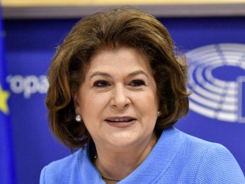 Az EP Jogi Bizottsága véglegesen elutasította Rovana Plumb biztosi jelölését