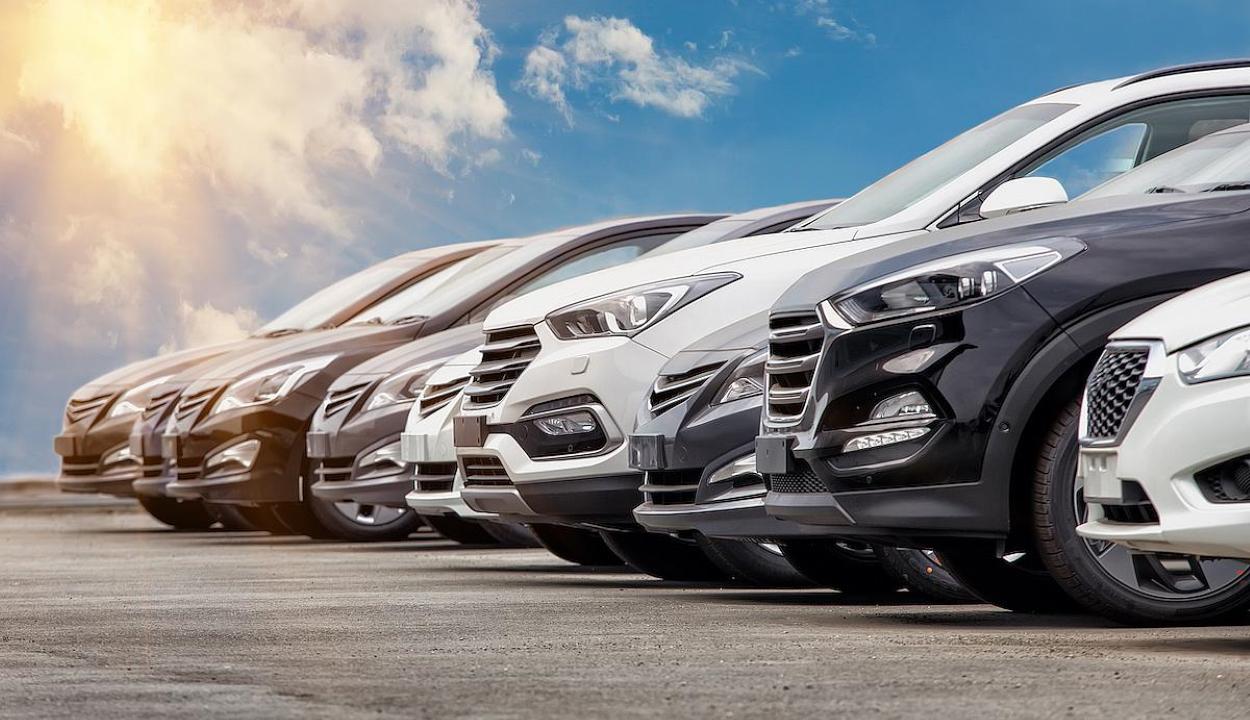 Több mint 5200 környezetkímélő autót vásárolt a romániai lakosság az idén