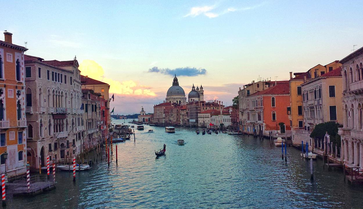 Jövő nyártól belépőt kell fizetni Velencében