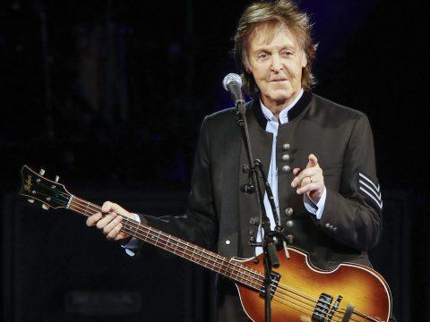 Keresik Paul McCartney gitárját