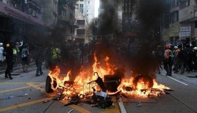 Csatamezővé vált Hongkong