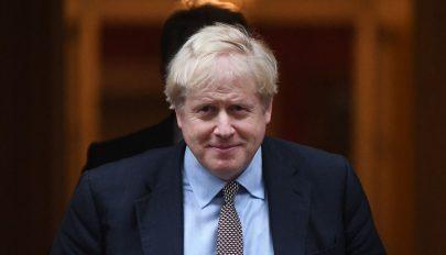 Előrehozott választás kiírását kezdeményezi a brit kormány