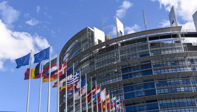 Románia közel 20 milliárd eurót kaphat az Európai Uniótól a gazdaság újraindítására