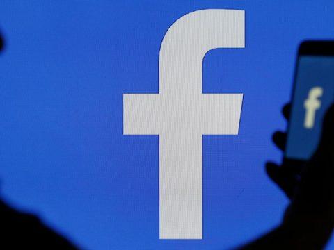 A Facebook figyelmeztetni fogja azokat, akik álhíreket lájkolnak