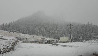 Narancssárga riasztást adtak ki 13 megye hegyvidéki térségére havazás és hóviharok miatt