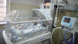 Több mint 74 millió lejt utalnak ki idén a kórházaknak inkubátorok vásárlására