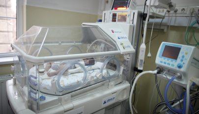 Nincs elég inkubátor a kórházak újszülött osztályán