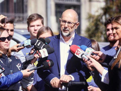 RMDSZ: ne avatkozzon be a kormány a választójogba és igazságügyi törvényekbe