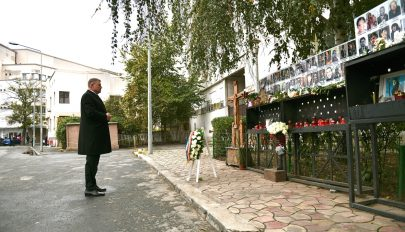 A miniszterelnök és az államfő is megemlékezett a Colectiv-tragédiáról