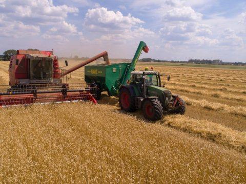 A kormány biztosította az alapokat az agrártámogatások előlegének kifizetésére