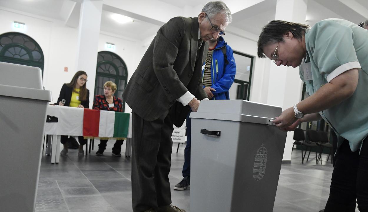 Megkezdődtek az önkormányzati választások Magyarországon