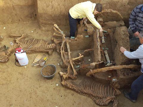 Egyedülálló római kori kocsisírt találtak Horvátországban