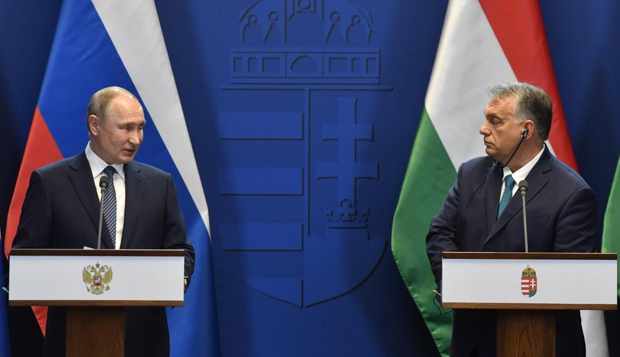 Budapestre látogatott Vlagyimir Putyin orosz elnök