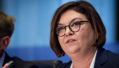 Az EP jogi bizottsága továbbengedte a francia, a magyar és a román biztosjelöltet