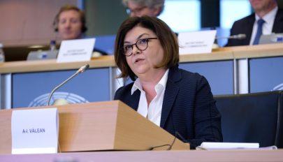 Pozitívan véleményezte az EP szakbizottsága a román biztosjelöltet