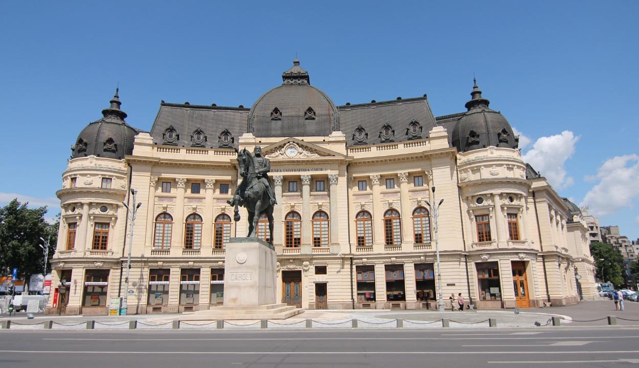A bukaresti egyetem központi könyvtárában lesz Johannis választási vitája