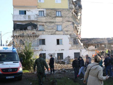 Humanitárius segélyt küld Románia Albániának