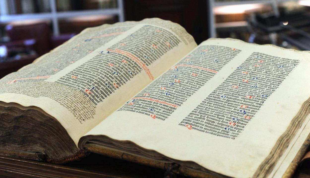 Egymillió euró fölött kelt el egy Gutenberg-biblia