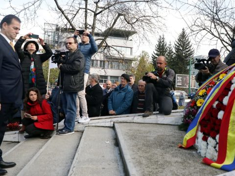 Orban: a szabadságot és a demokráciát minden nap meg kell védeni