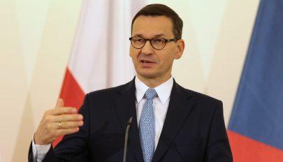 Egy holokauszt témájú sorozat miatt tiltakozik a lengyel kormányfő