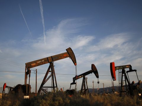 Zuhan a kőolaj ára