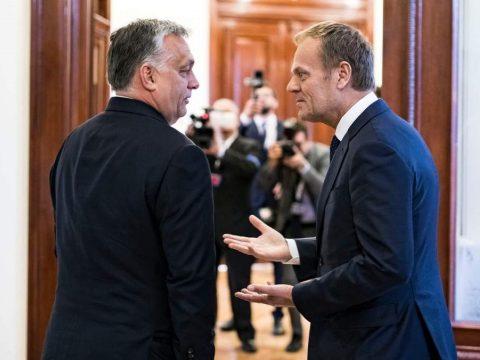"""Elkészült a """"bölcsek"""" jelentése az Európai Néppártban felfüggesztett Fideszről"""