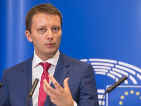 Az Európai Néppárt alelnökévé választották Siegfried Mureşant