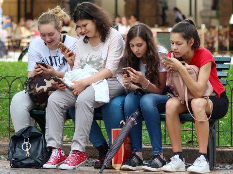Ötből négy tizenéves nem mozog eleget
