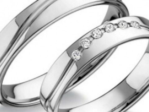 Hogyan válasszuk ki a tökéletes jegygyűrűt?
