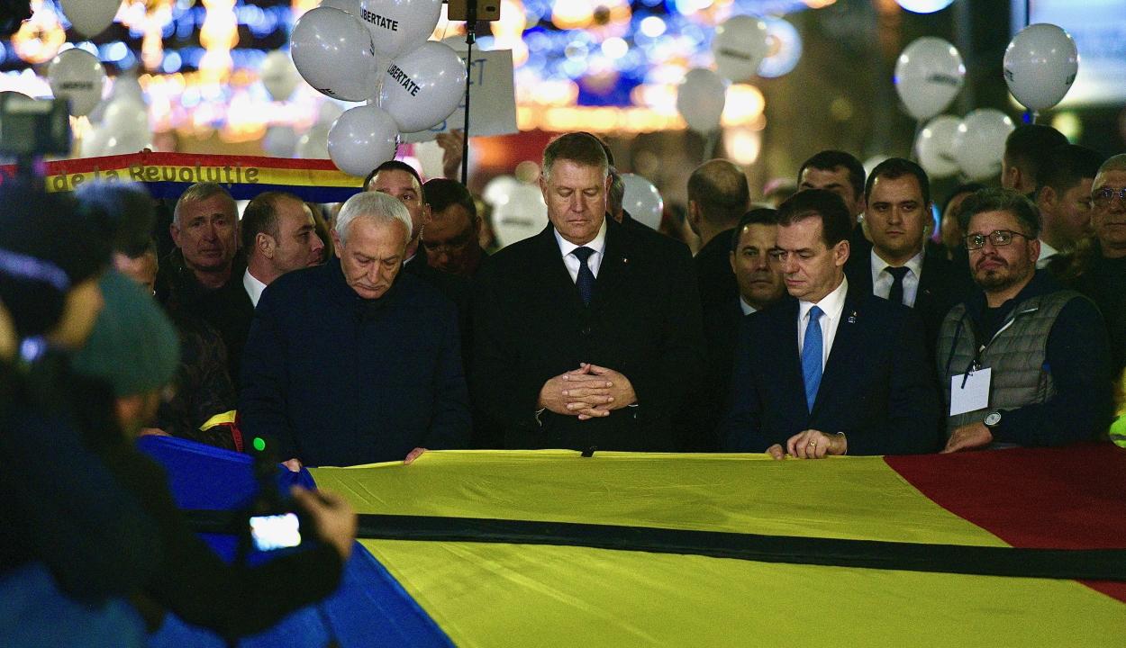 Az 1989-es forradalomra emlékező felvonulás zajlik Bukarestben